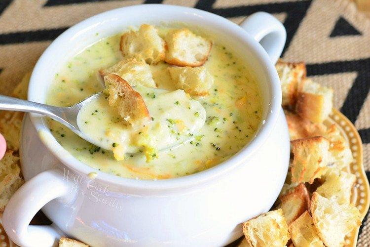 Asiago-Broccoli-Cheese-Soup
