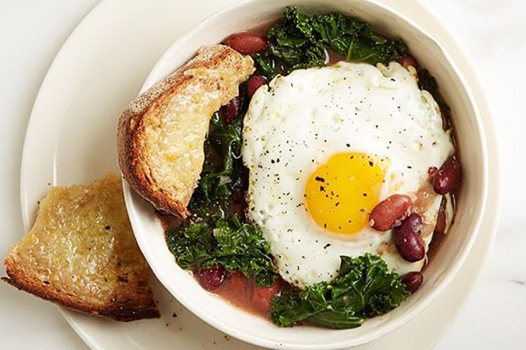 bean-kale-egg-stew