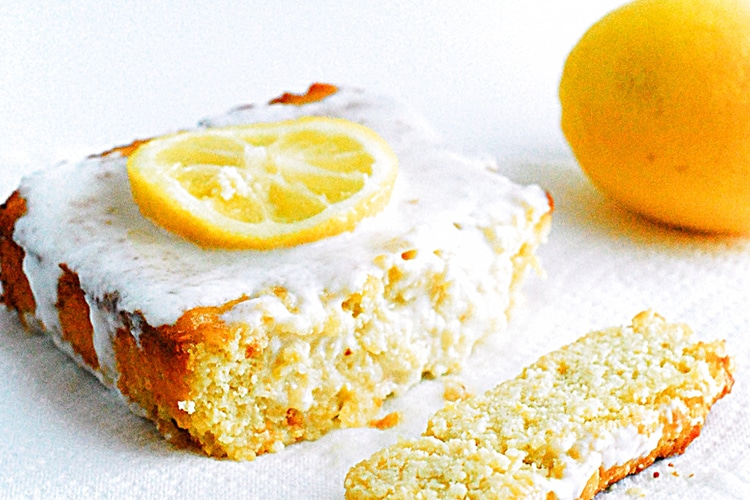 low-carb-lemon-cake