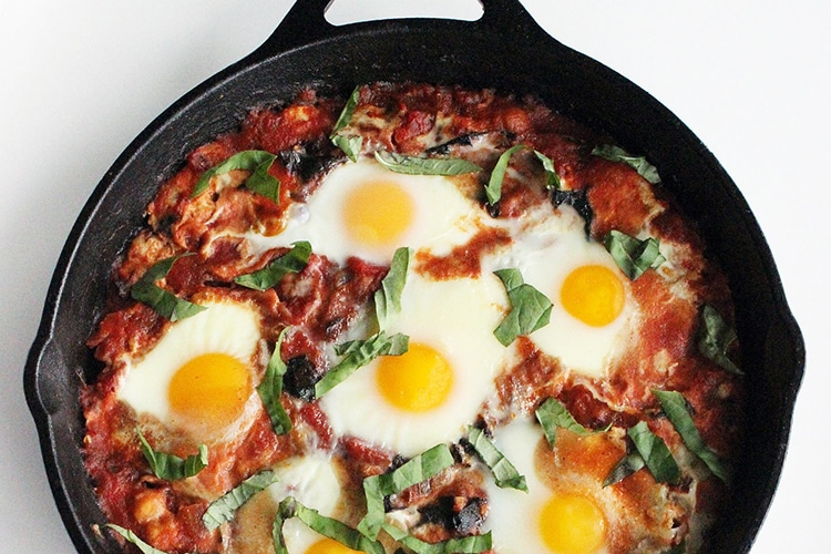 spicy-baked-eggs