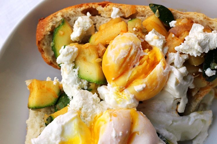 zucchini-eggs-goats-cheese