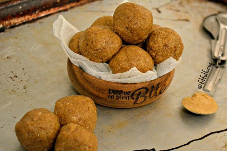 Gingerbread-Protein-Bites