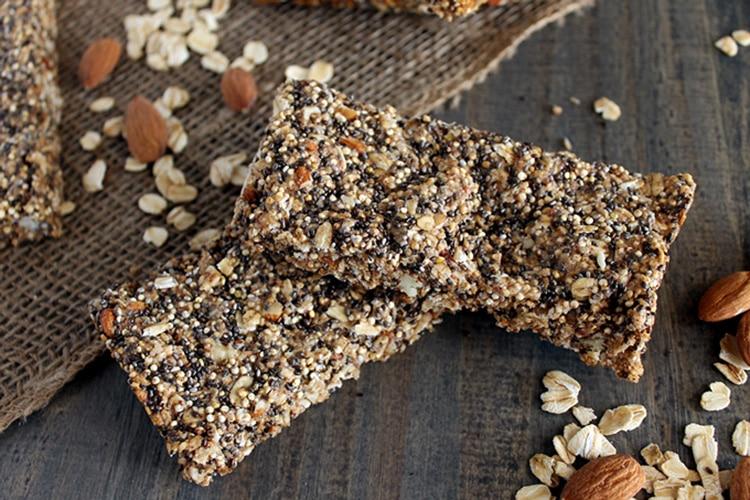 Quinoa-Chia-Seed-Protein-Bars