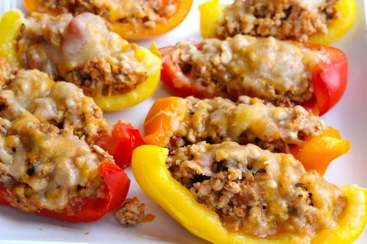 Skinny-Bell-Pepper-Nacho-Boats-Recipe
