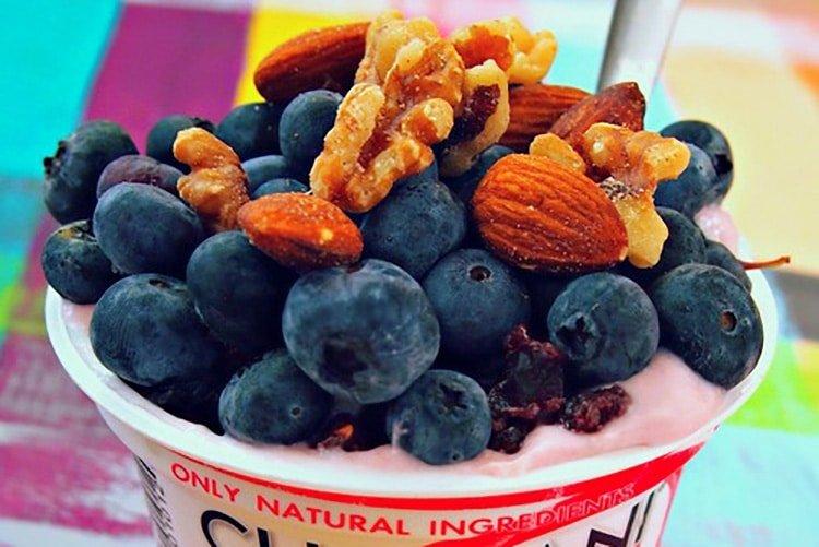 blueberry-walnut-yogurt-snack