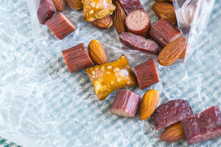 protein-lovers-trail-mix