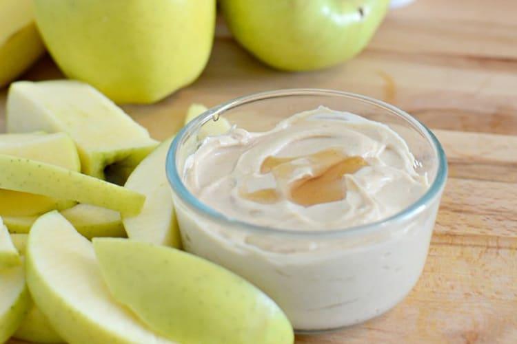 yogurt-pb-dip