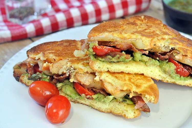 baconavocadocheesesandwich
