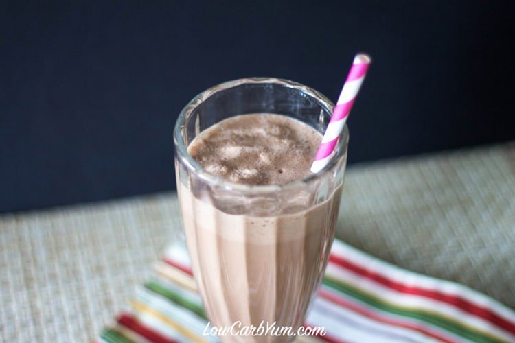 low-carb-peanut-butter-chocolate-milkshake-recipe