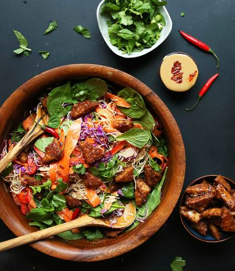 Blissed-Out Thai Salad with Peanut Tempeh